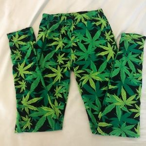 Special leaf leggings OS